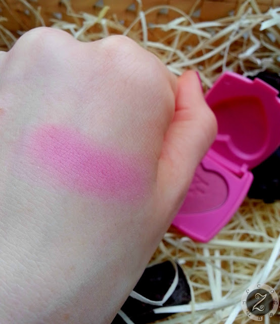 kolor rozu z too faced