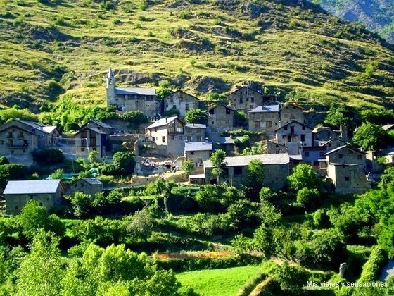 Pueblo de Baiasca, Pirineo Catalán