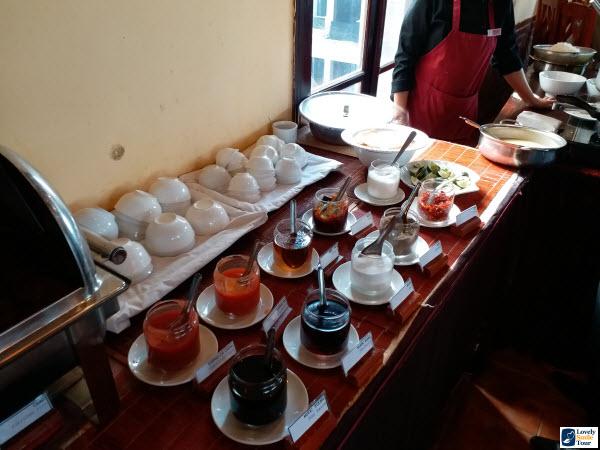 ทัวร์เวียดนามเหนือ holiday sa pa hotel อาหารเช้า 02