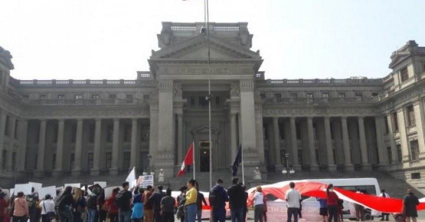 CURRÍCULO NACIONAL: Poder Judicial volverá a dirimir hoy sobre continuidad del currículo escolar