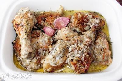 Kurczak pieczony w sosie czosnkowym
