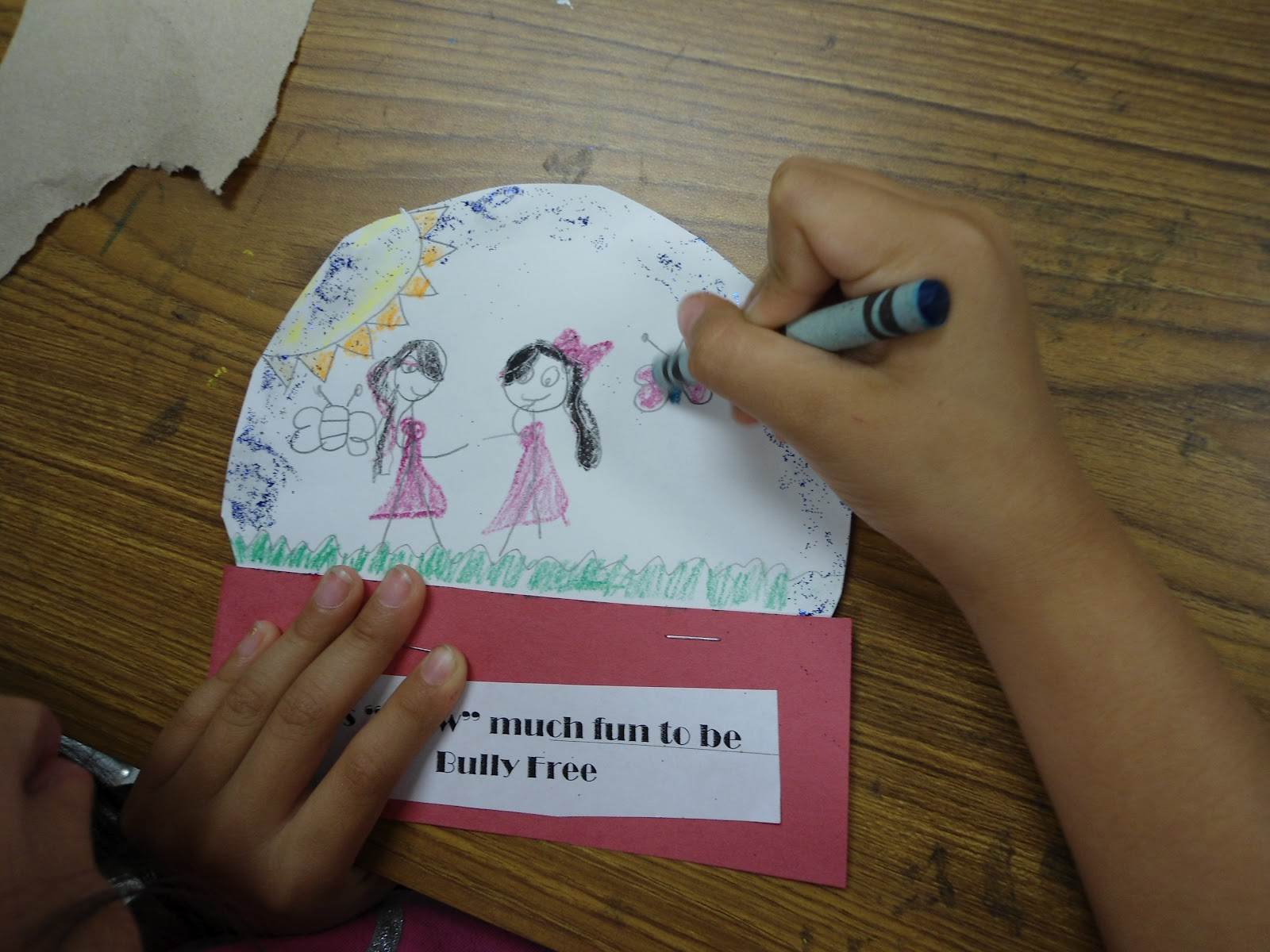 Elementary School Counselor Using Expressive Art
