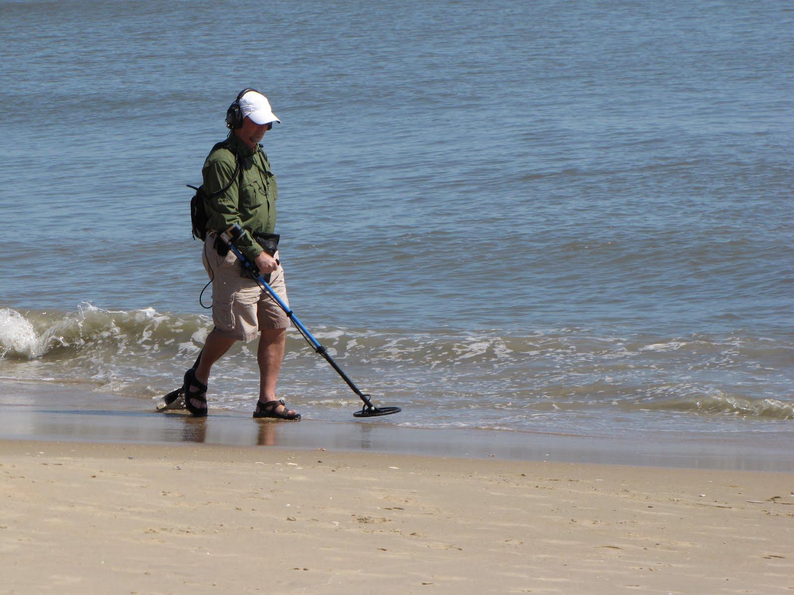 Metal Detectors For Beach Combing