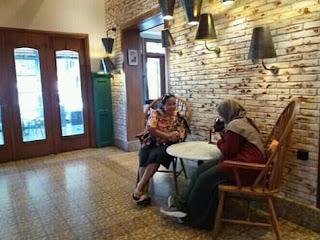 Ruangan indoor My Kopi-O! Indonesian Bistro, Jl. Tenes Malang