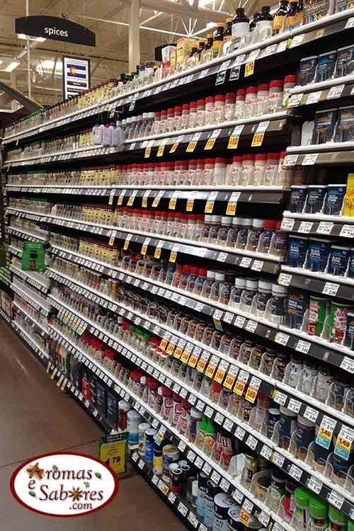 Especiarias em mercado americano