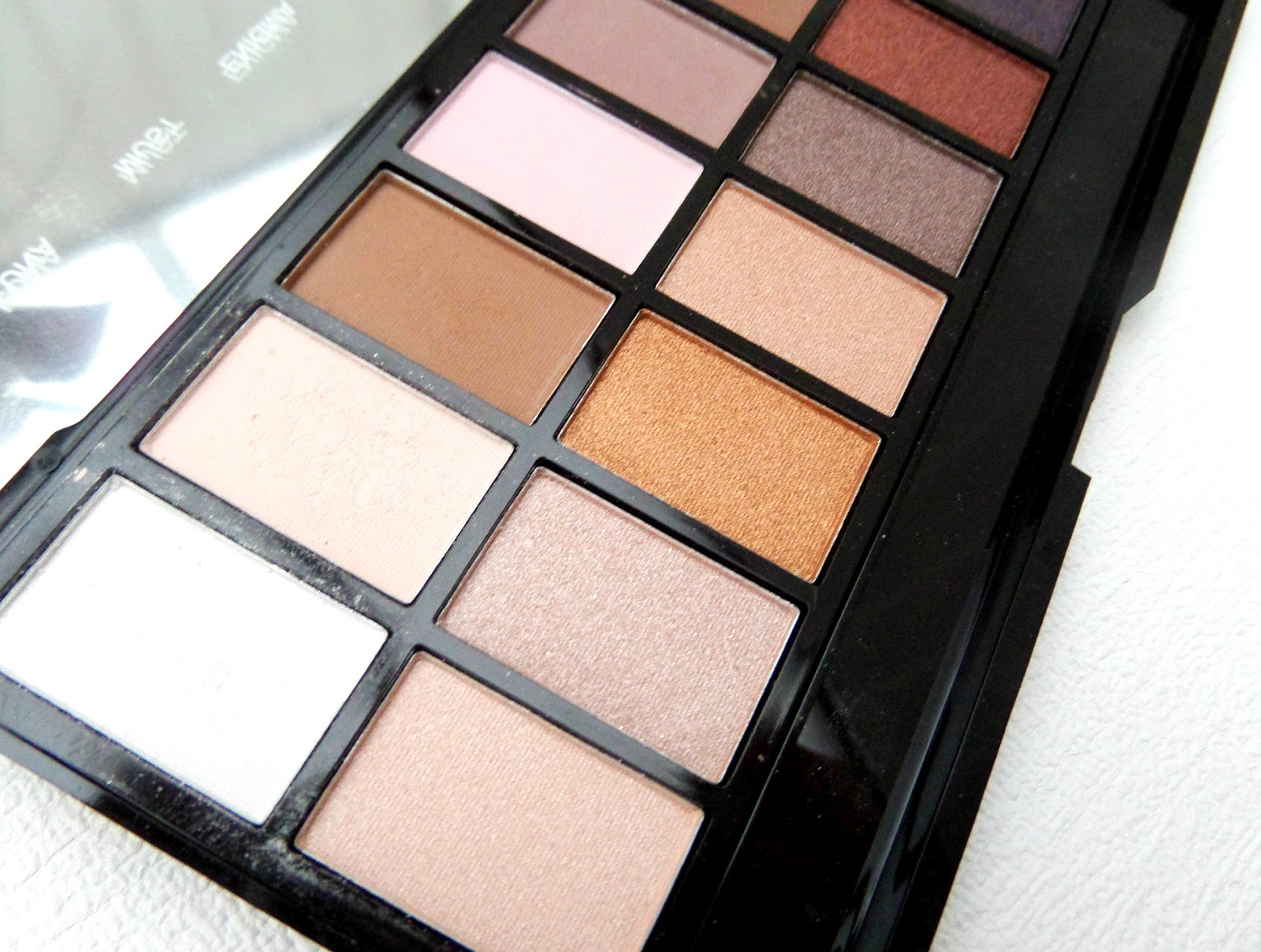 Makeup Revolution Iconic Pro 1 Palette The Swatches