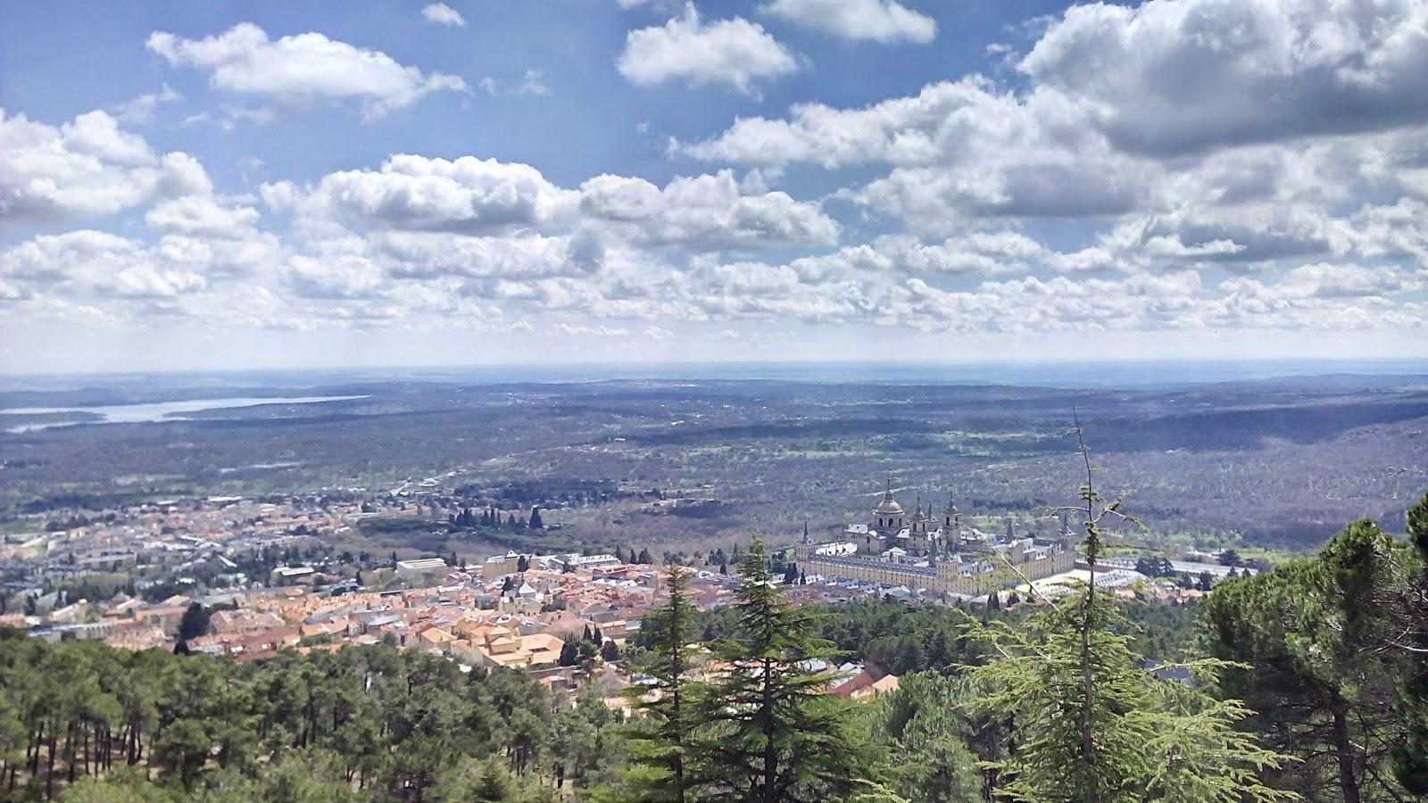 El monasterio del Escorial moto viajeros