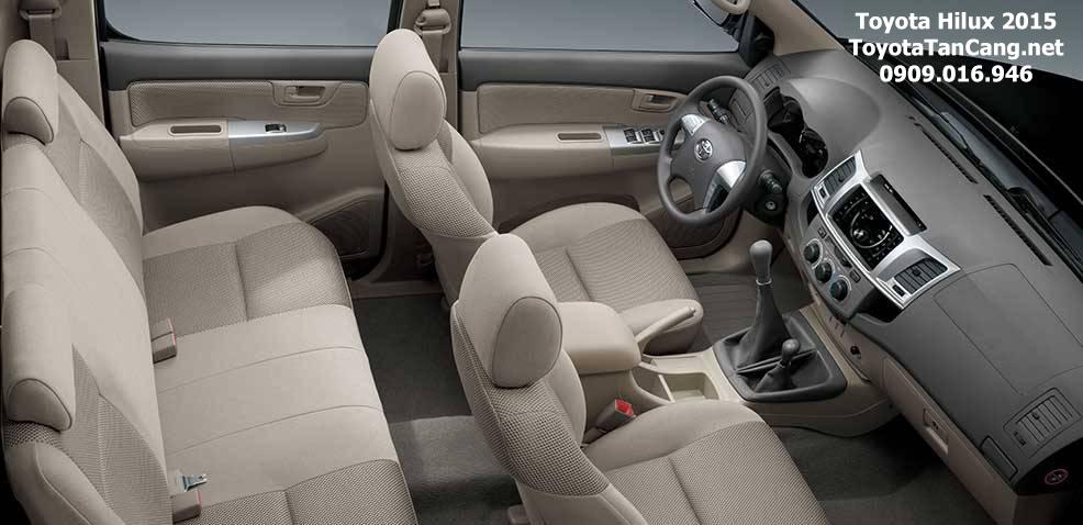 toyota hilux 2015 toyota tan cang 3 - Đánh giá Toyota Hilux 2015: Thách thức mọi chiếc xe bán tải - Muaxegiatot.vn