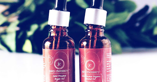 Juicy Chemistry Cold Pressed Almond And Argan Oil Review