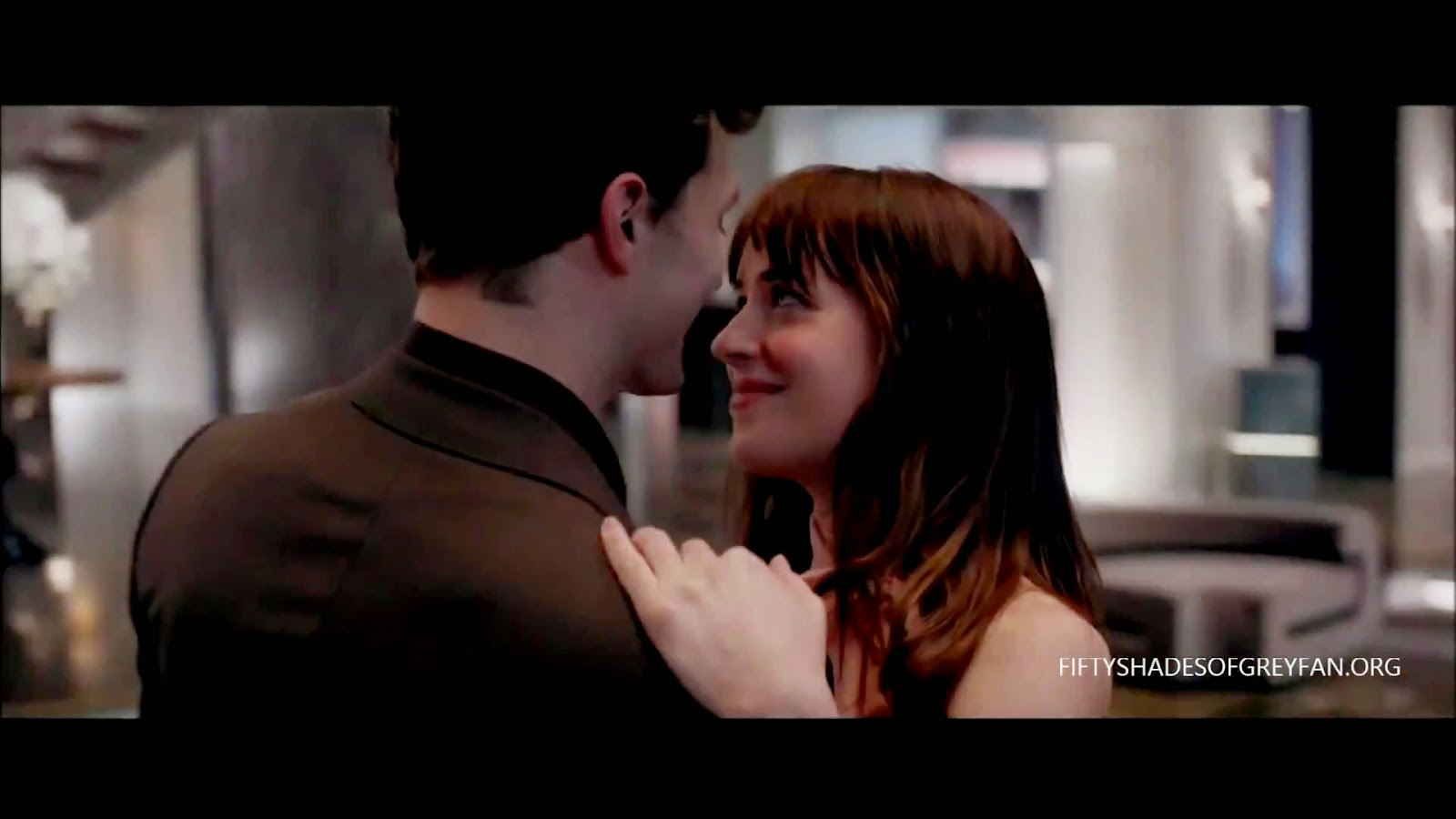 Jamie dornan life another new teaser from second trailer for Second 50 shades of grey