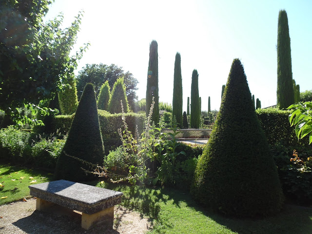 Prowansja, ogród
