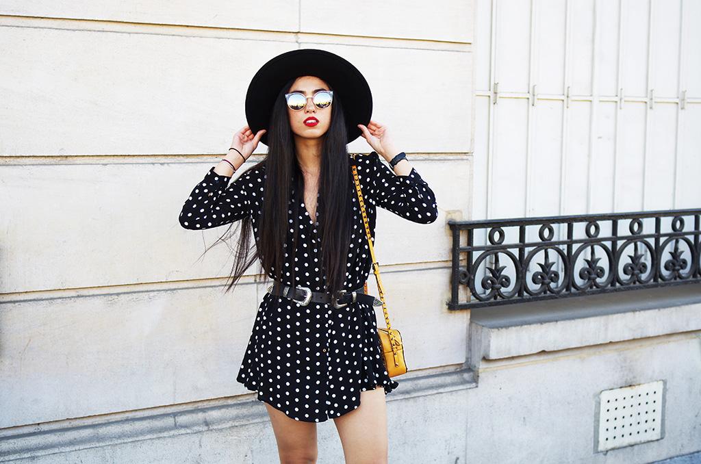 Elizabeth l Polka dots shirt dress outfit l Zara Asos Valentino l THEDEETSONE l http://thedeetsone.blogspot.fr