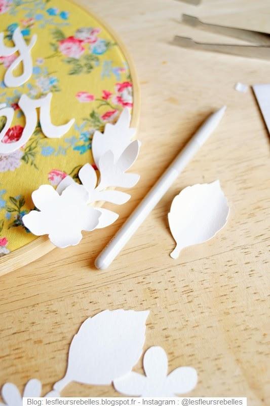 Mise en forme fleurs et feuilles en papier