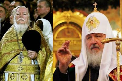 Sambil Meneteskan Air mata di Depan Jemaatnya, Pendeta Ini Mengatakan 'Islam Agama yang Benar'