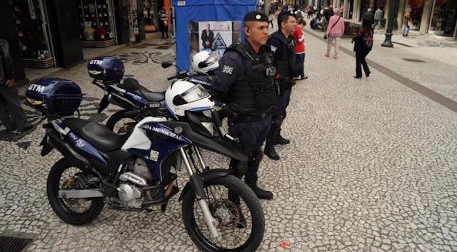 Guarda Municipal de Curitiba(PR) detém dois elementos na Praça Osório