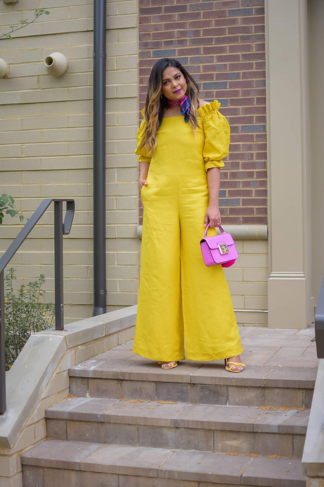 how to wear a yellow jumpsuit, massimo dutti jumpsuit, yellow and pink, neck scarf, balayage hair, street style, monochromatic look, myriad musings