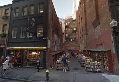 Mercadillo literario de la librería Brattle (Boston, 2016)