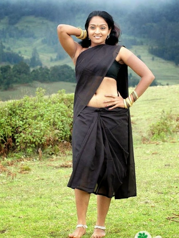 Actress Roobika Navel Show Photos