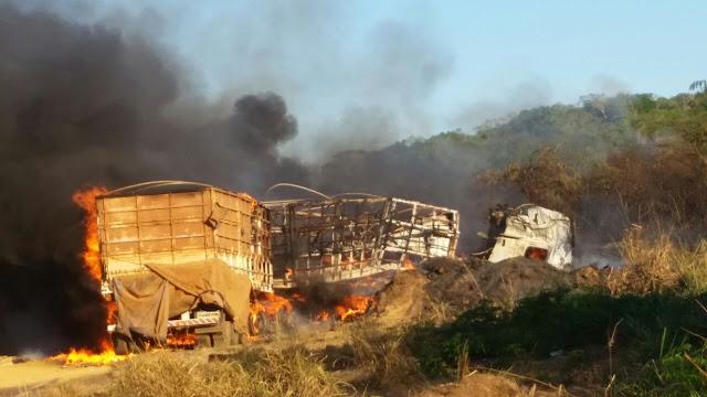 Grave acidente na BR-364 deixa quatro mortos, uma criança desaparecida e dois feridos