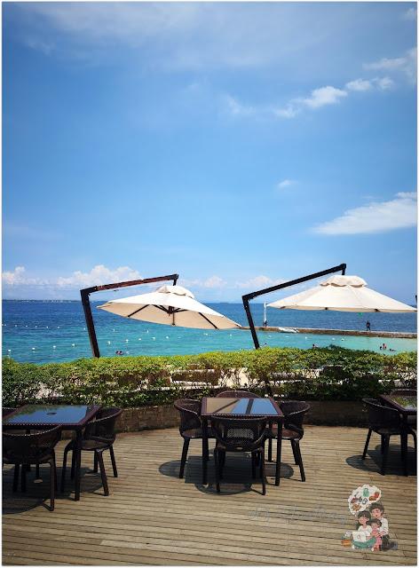 Crimson Resort and Spa Mactan Azure View