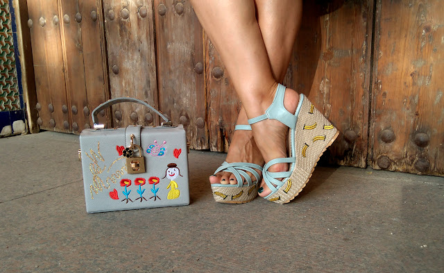 banana-embroidery-wedge-sandals