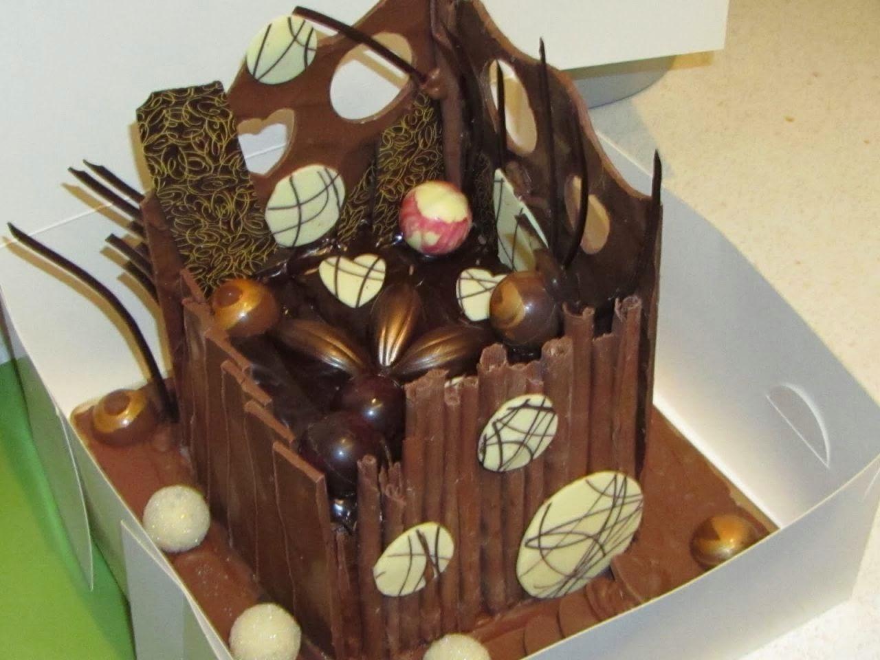 Chocolate Cake Decorations Ideas