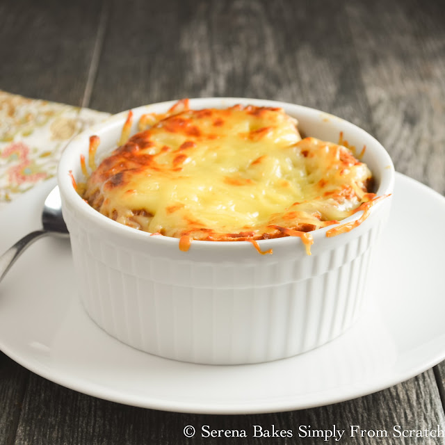 The best French Onion Soup! serenabakessimplyfromscratch.com