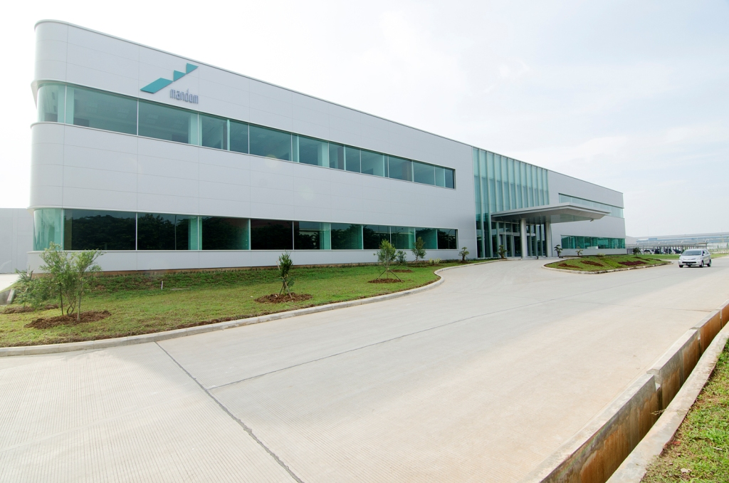 Lowongan Paling Terbaru 2018 Operator Produksi PT Mandom Indonesia TBK Bekasi