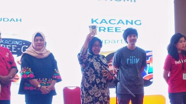 Risma Minta Anak Muda Bisa Mengambil Bagian Perputaran Uang di Surabaya