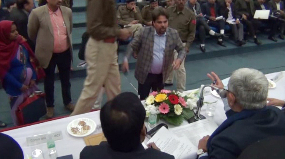 In the meeting of the Grevenance Committee, the BJP workers did a ruckus,