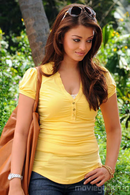 Aishwarya rai hot sexy boobs