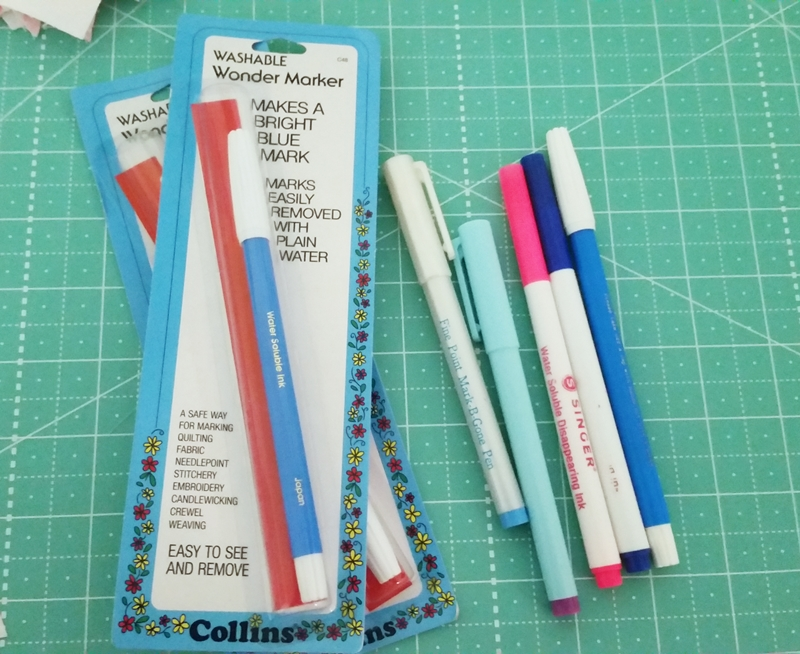 Blue//Red with Erasers Quilting Hemline Erasable Fabric Marker Pens