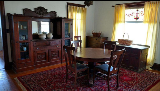 Sears Clyde No. 118 dining room
