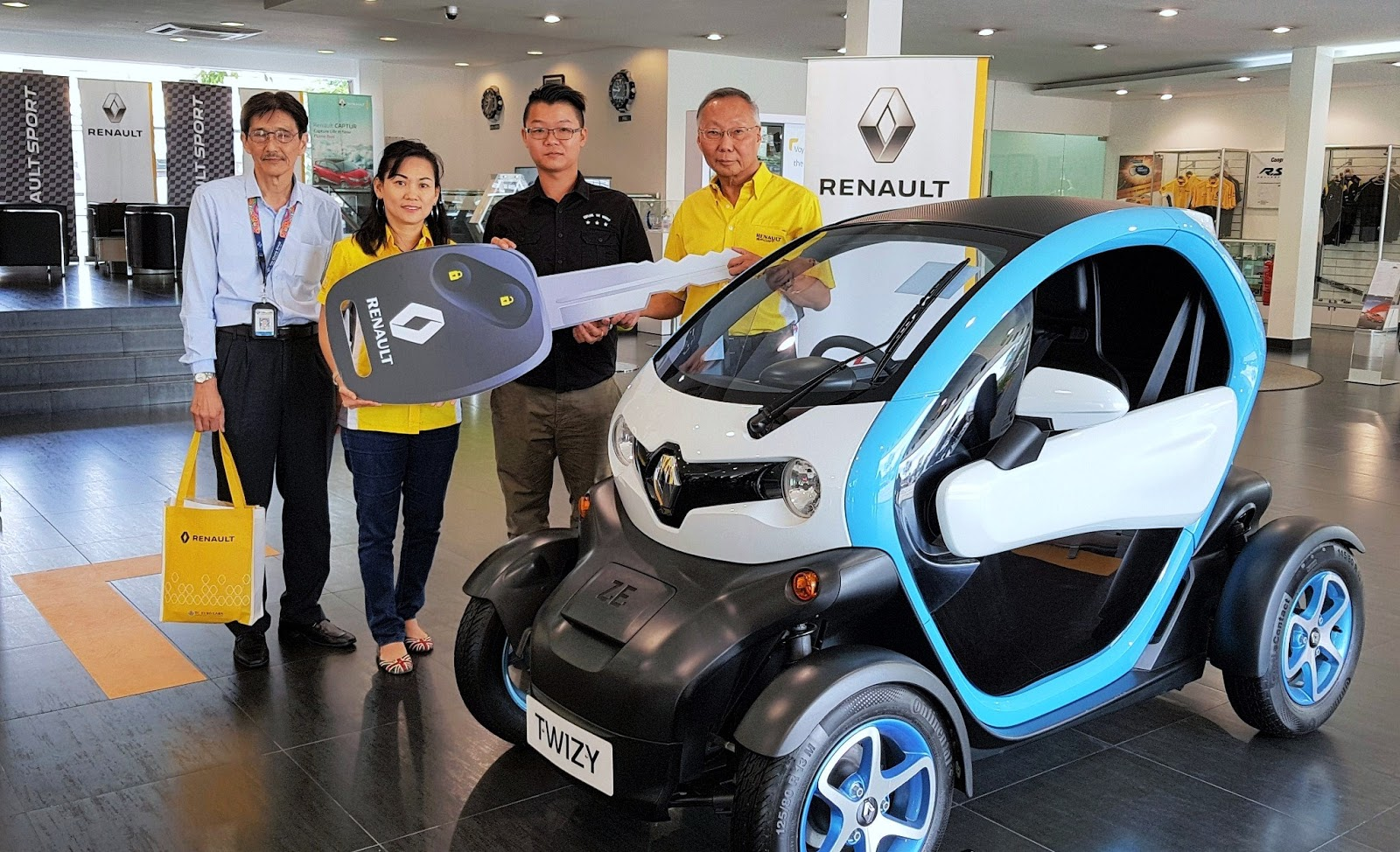 Motoring Malaysia Happenings Renault Buy Win Contest Ends With