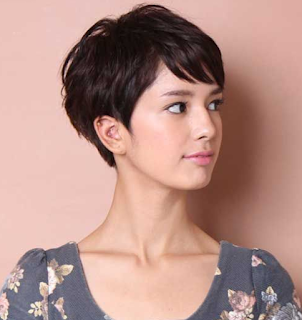 Foto model rambut pendek wanita 31
