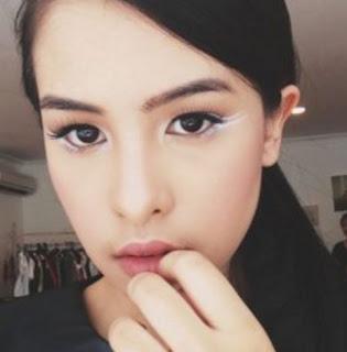 Perawatan Kulit Wajah Maudy Ayunda dengan Micellar Water Rahasia Cantik Artis Pembersih Wajah