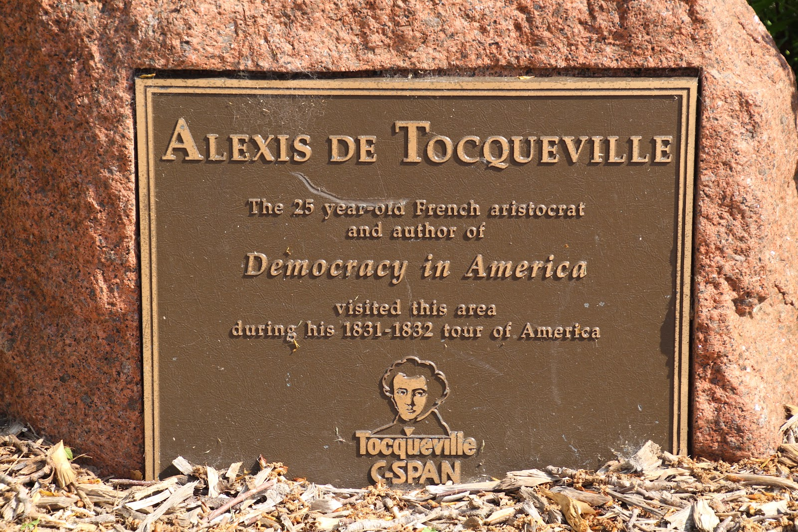 essays by alexis de tocqueville Essay on alexis de tocqueville born into a french aristocratic family in 1805, alexis de tocqueville was a french political theorist, sociologist, and cultural and historical commentator whose contributions are equally claimed by the disciplines of sociology, political science, american studies, and american history.