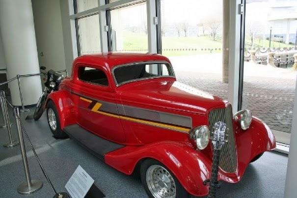 Gambar mobil antik nan klasik luar biasa mobil for Industrie mobel antik