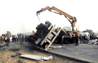 20 die in ghastly accident along Kaduna-Abuja expressway