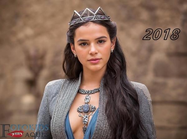 O antes e depois da linda atriz Bruna Marquezine