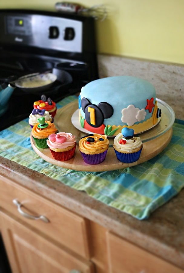 SquirrelsnSweets Mickey Mouse Clubhouse Cupcakes and Cake