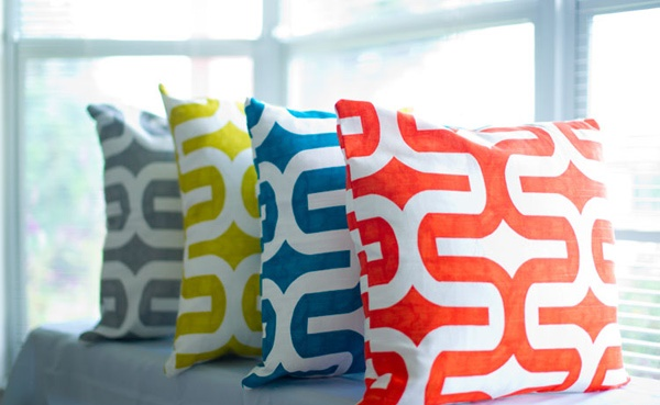 rapi dan terorganisir ialah pemandangan yang indah terutama bagi para ibu rumah tangga y Berbagai Model Bantal Sofa Modern