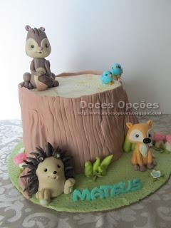 bolo animais floresta