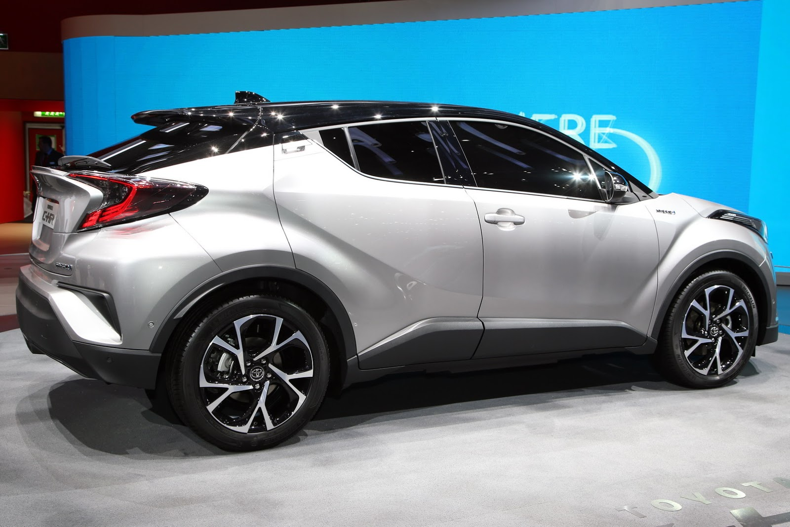 Used Toyota Rav4 Hybrid >> New Toyota C-HR Gets 1.2L Turbo, 2.0L And 1.8L Hybrid Powertrains [New Pics] | carscoops.com