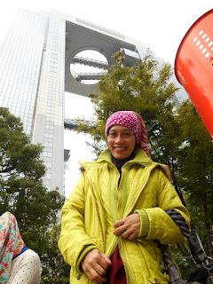 Umeda Sky Building Sensasi Lift Dan Eskalator Transparan