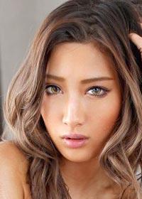 Actress Aika