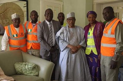 NEMA Officials pay a courtesy visit to fmr military leader Ibrahim Babangida (IBB) (See Photos)