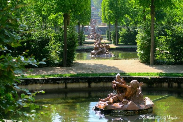 セゴビアのラ·グランハ·デ·サン·イルデフォンソ宮殿のバロック様式の噴水