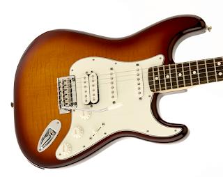 Fender Deluxe Stratocaster HSS Plus Top dengan konektivitas iOS