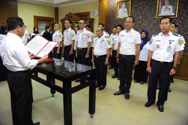 Sekda Lantik Pejabat Eselon IV dan III